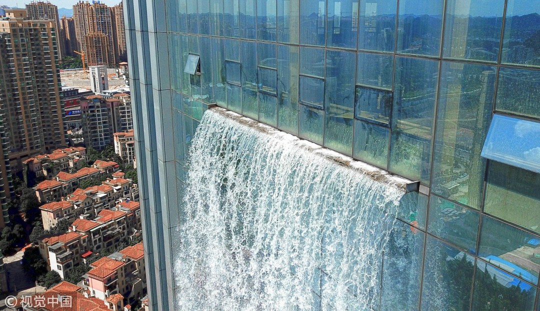 водопад на небоскребе